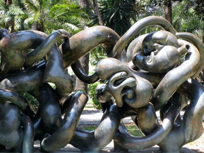 Escultura_en_Jardines_de_Picasso Kopie
